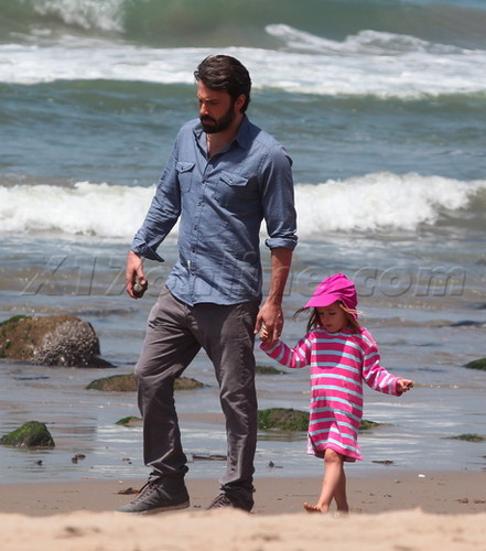 Ben, Jen and their 3 kids at the pantai