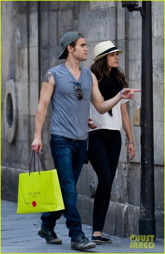 Paul Wesley & Torrey DeVitto: Shopping in Paris!