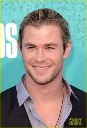Chris Hemsworth - MTV Movie Awards 2012