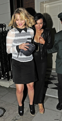 Naya leaving a club with Dianna Agron
