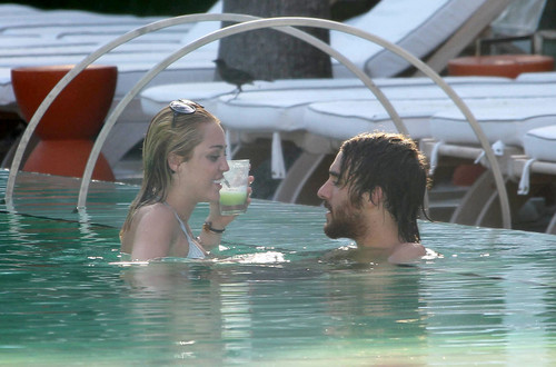 12/06 In The Pool At A Hotel In Miami