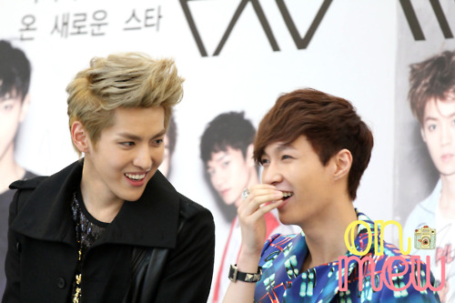 KRIS and Lay <3