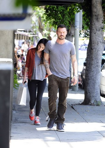 Megan raposa and Brian Austin Green were spotted leaving Little Dom's in Los Feliz, CA