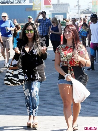 Snooki and Deena-Season 6