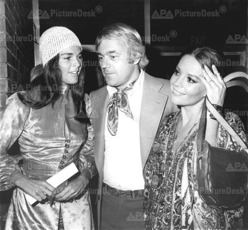 Nat & Richard Gregson with Ali MacGraw