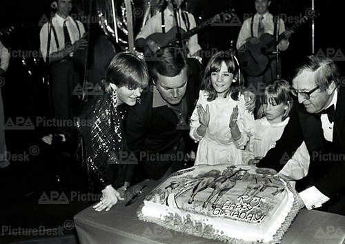RJ and his daughters at his 53rd birthday party without Natalie in 1983