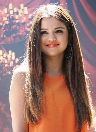 "Selena - At the Press Conference for the movie ""Hotel Transylvania"" - June 25, 2012"