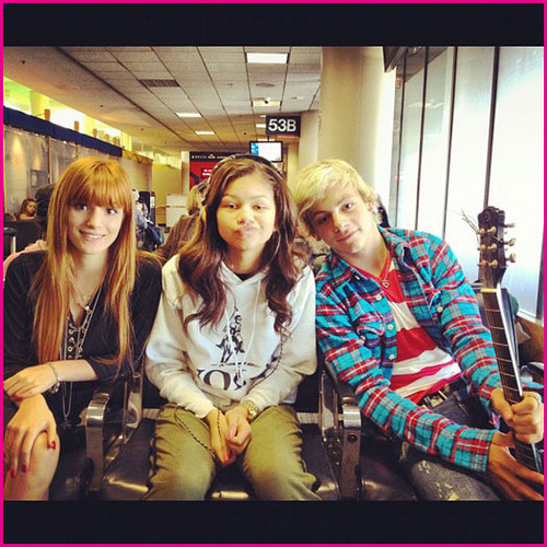 "Bella Thorne, Zendaya Coleman And Ross Lynch Are On Their Way To The ""Chimpanzee"" Movie Premiere"