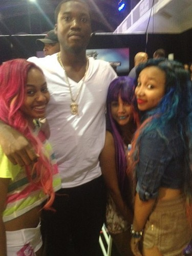 OMG Girlz&Meek Mill