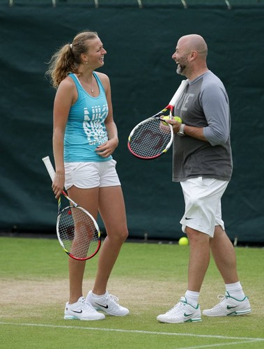 Petra smile and coach