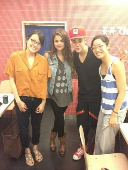 Jelena with fans today in Tokyo.