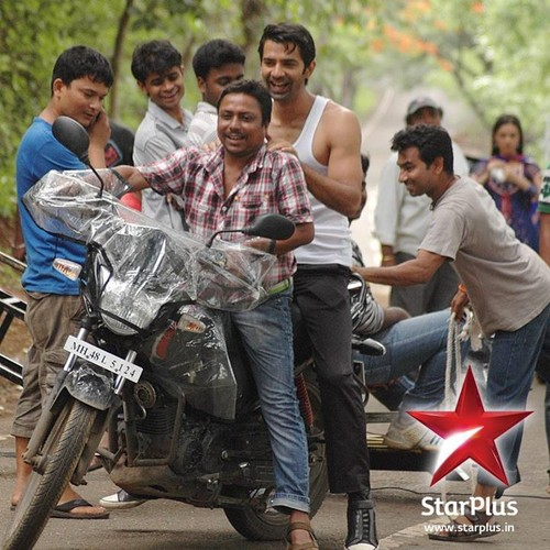Barun -On set of IPKND
