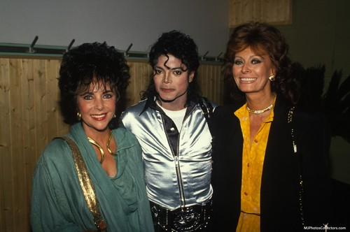 Michael With His Two Friends Elizabeth Taylor and Sophia Loren