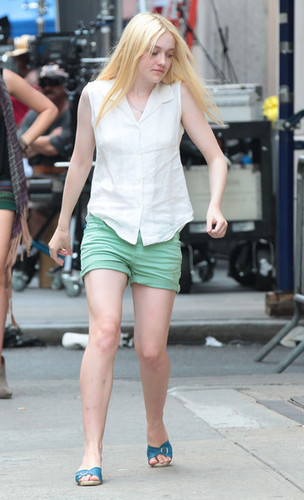 On The Set Of 'Very Good Girls' [July 18, 2012]