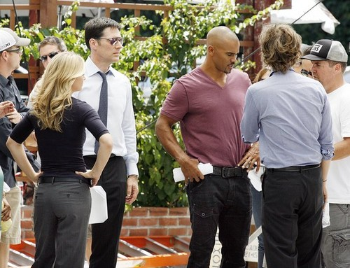 AJ, Thomas, Shemar & Matthew on the set