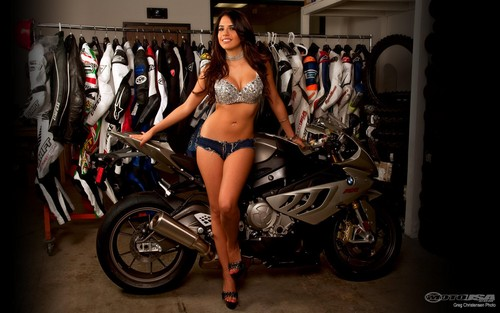 HOT BABE & BMW S1000 RR
