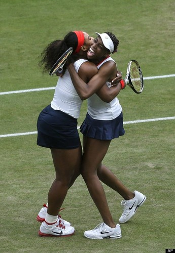 Serena and Venus win olympic doubles gold