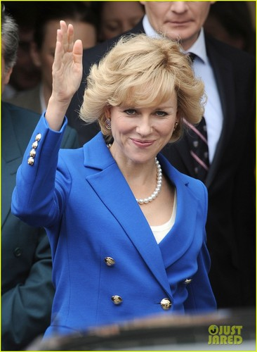 The 43-year-old actress plays the título character, Princess Diana