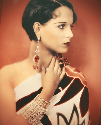 Louise Brooks in Colour!
