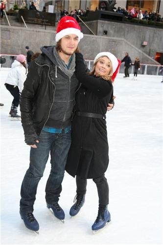 Scott & Spencer: ABC Family Winter Wonderland Event