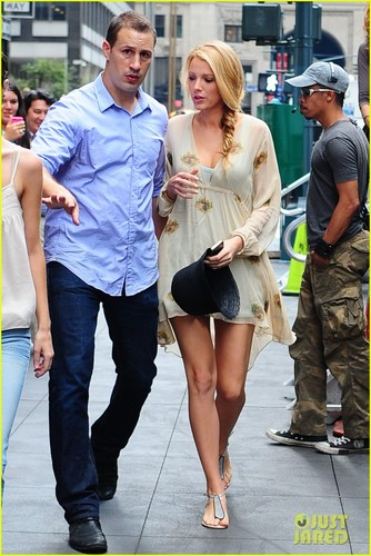 Blake on the set of Gossip Girl in NYC