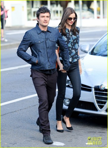 Orlando & Miranda during a romantic stroll through Sydney