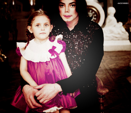 Paris Jackson and her daddy Michael Jackson ♥♥